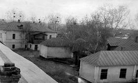 Вид на школьные здания